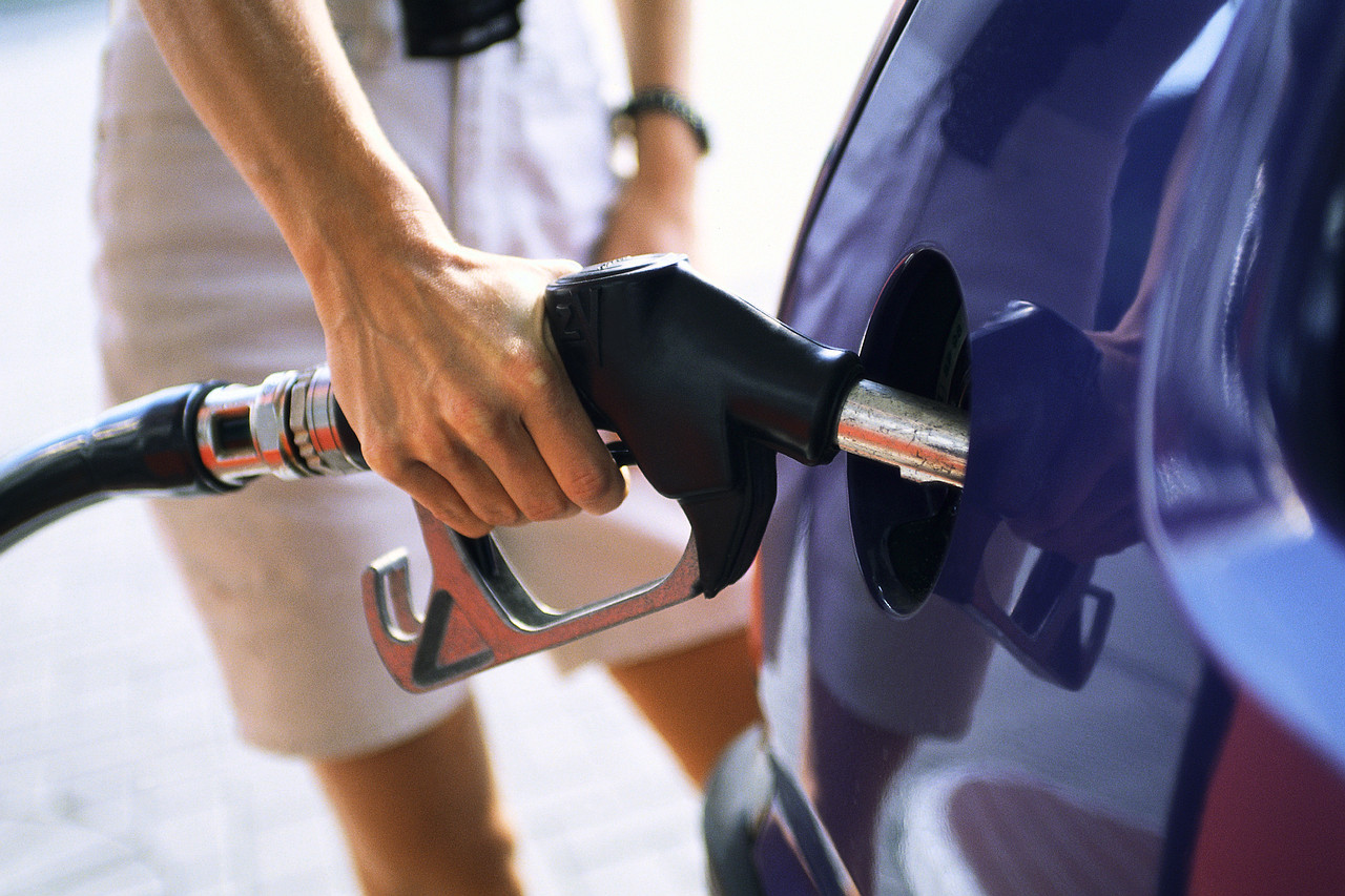 How to Improve Your Gas Mileage for Free